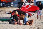 members/pisello-albums-here-there-picture12814-meine-familie-und-ich-im-kite-urlaub-am-strand-von-lefkada-griechenland.bmp